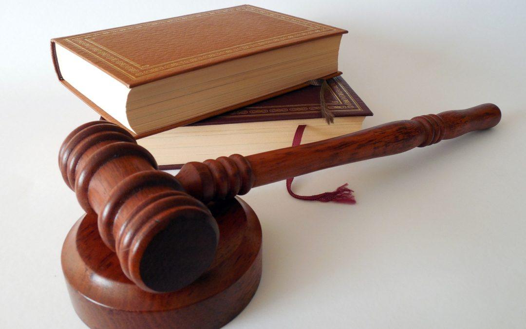 Licenziamento per timbratura falsa del cartellino presenze di un collega assente