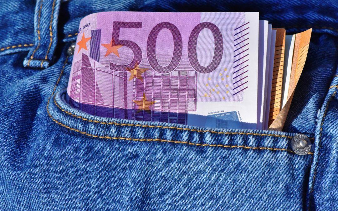 Stop al pagamento degli stipendi in contanti dal 1° luglio 2018